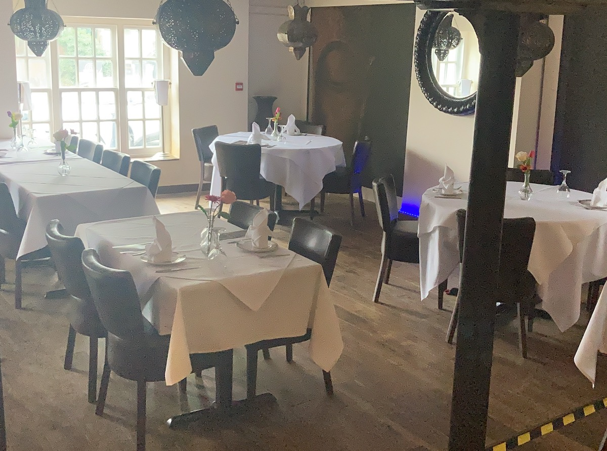 restaurant with hall for sale restaurant with banquet for sale restaurant for sale in uxbridge business for sale in uxbridge