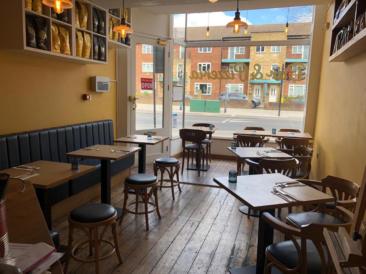 cafe for sale in ealing broadway